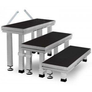 Escalera desmontable para escenario modular