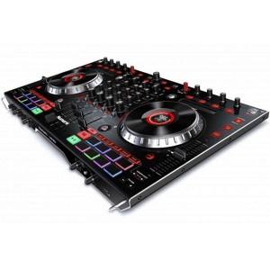 Controlador DJ Numark de 4 canales